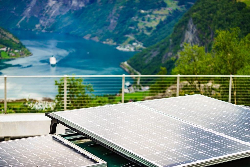 panel solar en autocaravanas